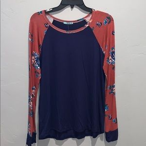Long sleeve top from Stella Rae's